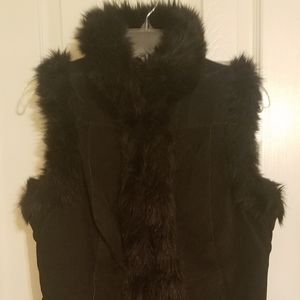 BB Dakota Black Leather/faux fur trim vest Size S